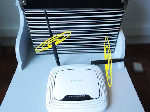 Nên đặt bộ phát Wi-Fi ở trên cao và đặt trên mặt phẳng thoáng.